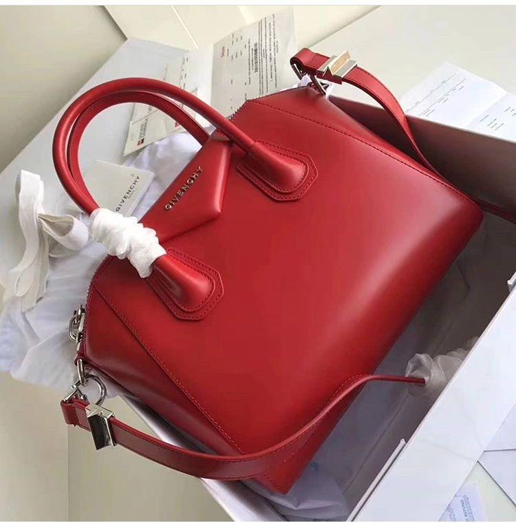 8e496a02e2 Givenchy Antigona · Red Handbag · IG