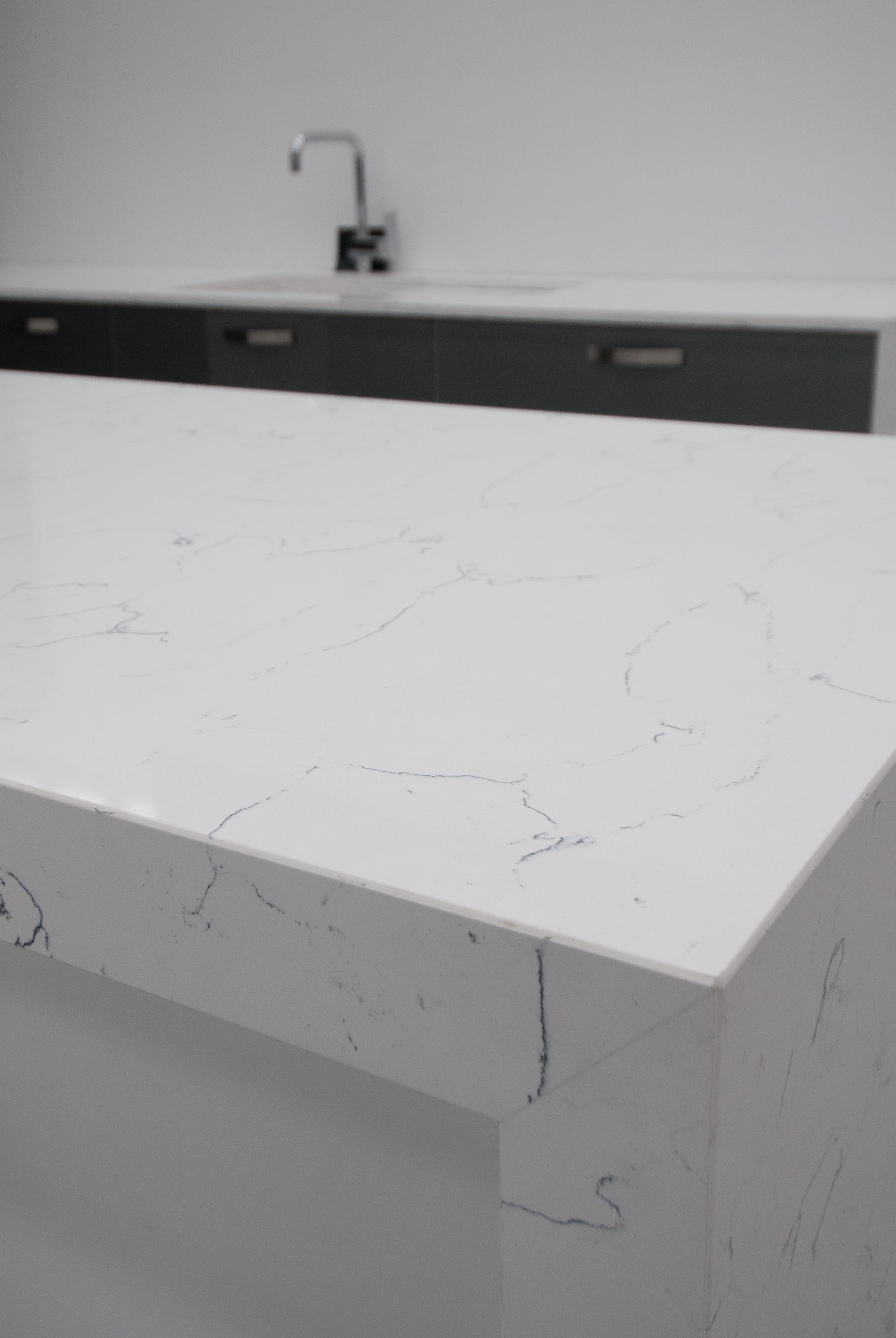 Bq8440 Bianco Venato Vicostone Quartz Countertops