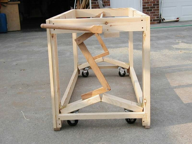 Sensational Castors On Bench Woodworking Workbench Woodworking Diy Gmtry Best Dining Table And Chair Ideas Images Gmtryco