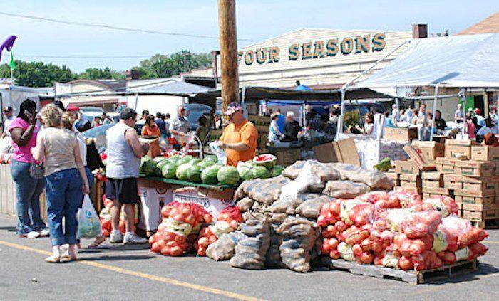 11 Four Seasons Flea Market Places To Visit Fleas Ohio Flea
