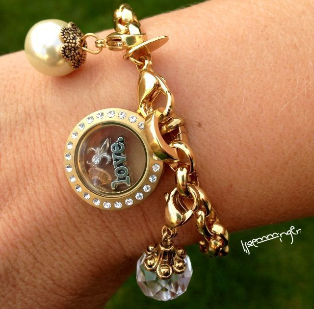 Origami Owl Gold Charm Bracelet With Mini Locket Love This Look Great Christmas Gift For A Mom 77 Jewelry