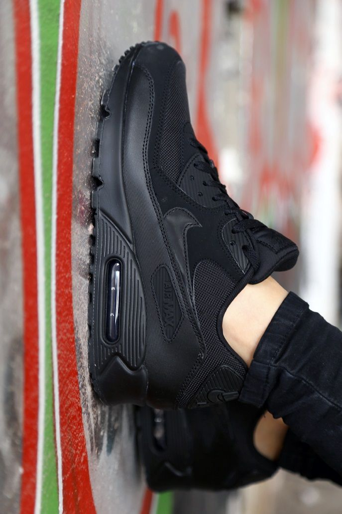 air max 90 total black