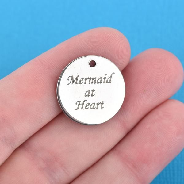 "1 LARGE Rustic Metal HEART Charm Pendant 1.5/"" chs4071"
