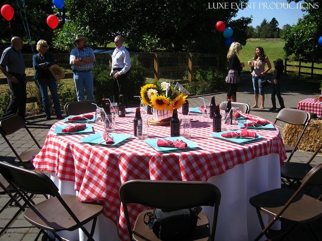 Brown Samsonite Folding Chair Event