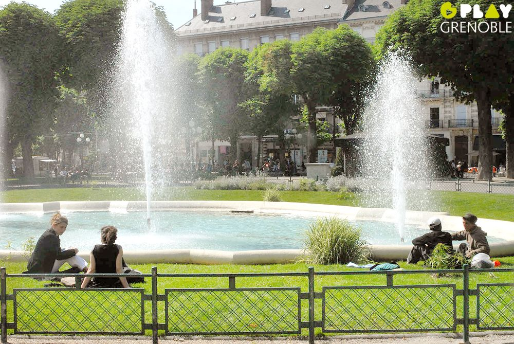 Place Victor-Hugo, Grenoble