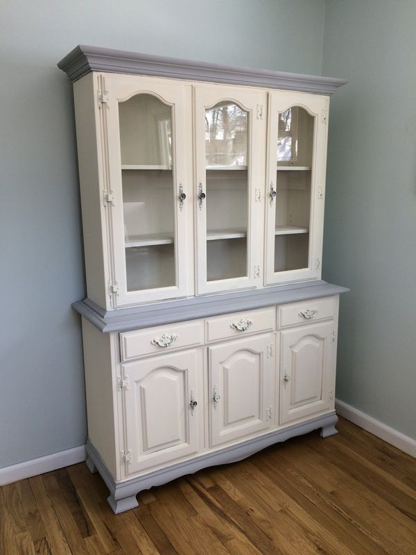 Amazing Annie Sloan Chalk Paint In Old White And Paris Grey. Chalk Paint Tutorial:  Step