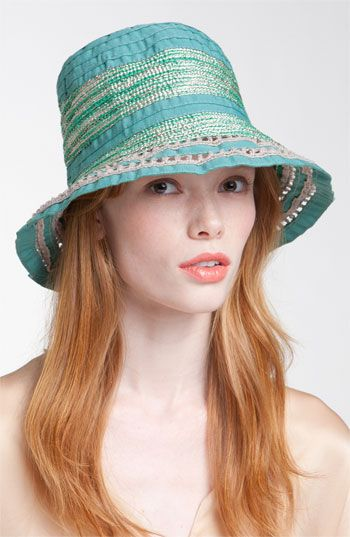 5 Cloche Hat Styles You Can Make at Home