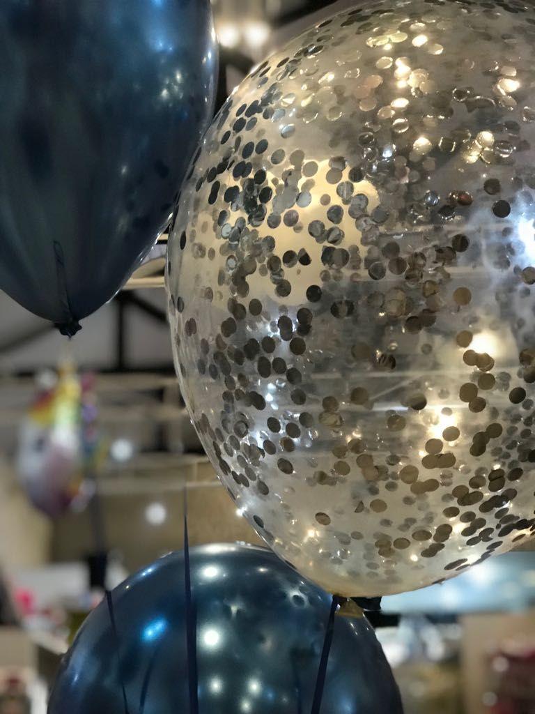 Pin De Elika Festas Em Baloes Decoracao Cilindro De Gas Helio