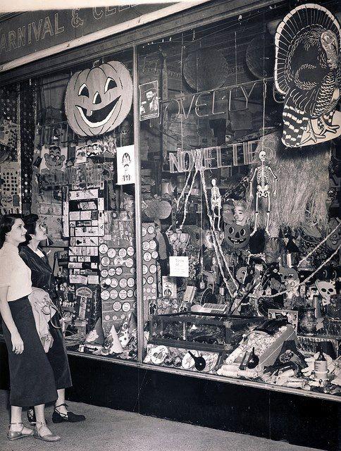 Vintage store display Halloween Pinterest Vintage store - vintage halloween decorations