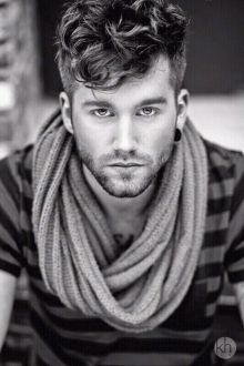 Pin By Kamil On Boy Looks Great Curly Hair Men Haircuts For Men Mens Hairstyles