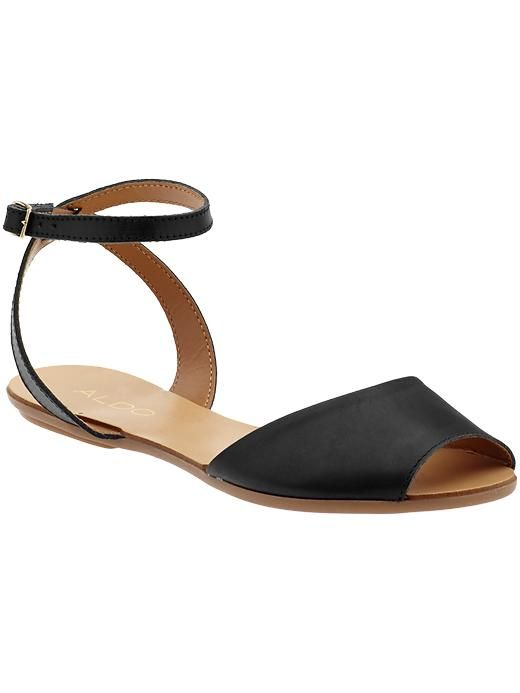 über chic leather sandals