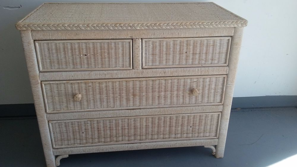 Best Lexington Wicker Henry Link Dresser Hollywoodregency 640 x 480