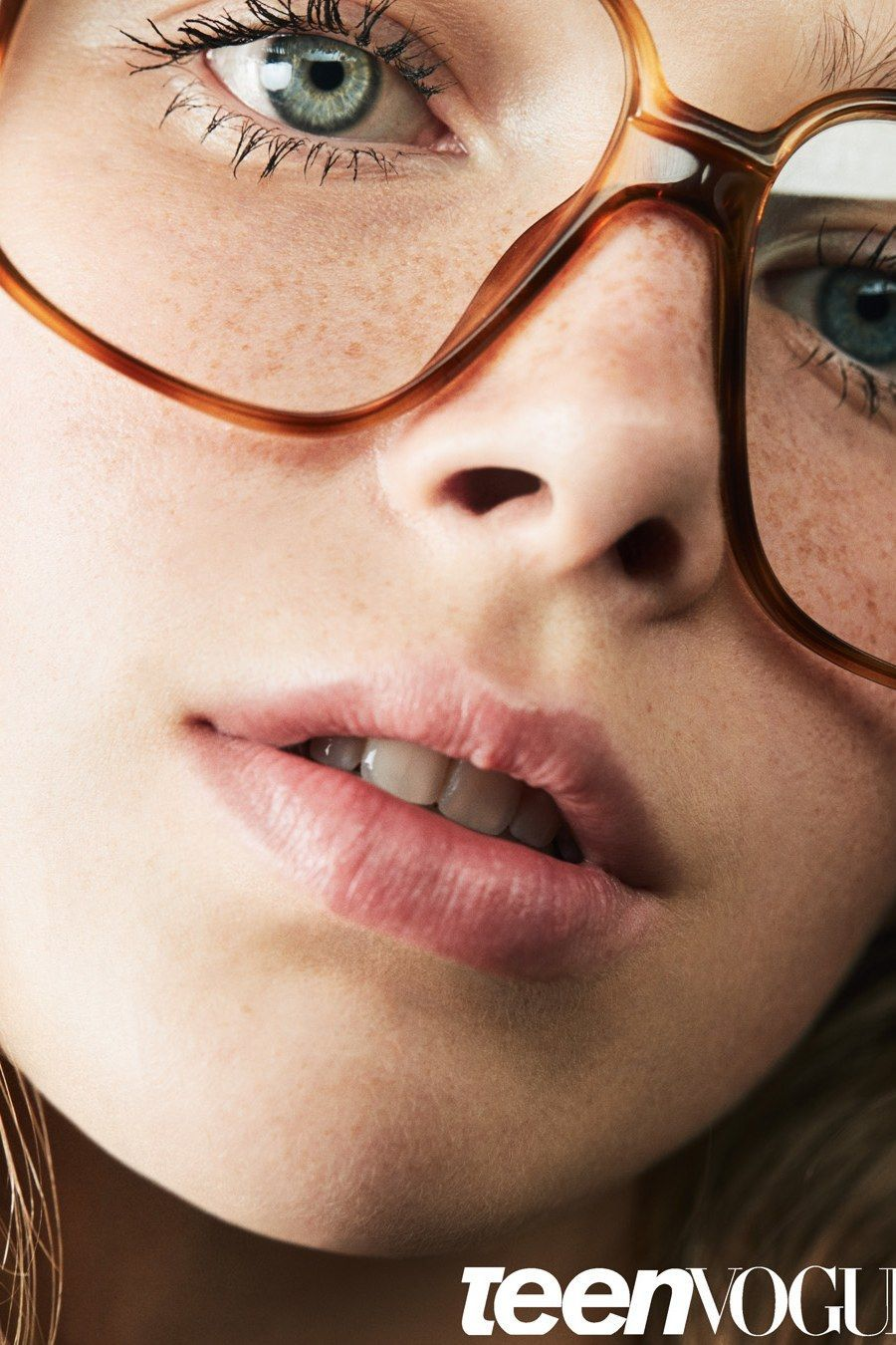 86986ada56fd Makeup Tips for Girls with Glasses and Freckles