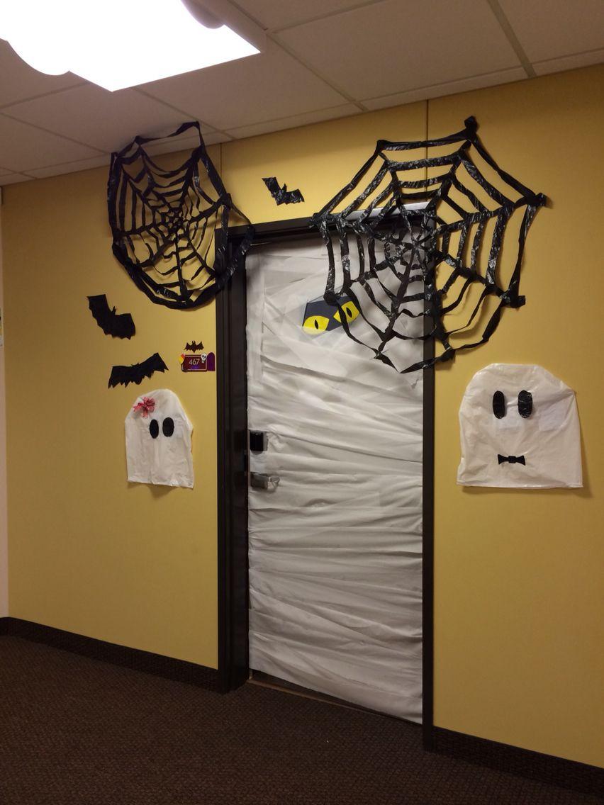 Toilet paper mummy door black trash bag bats and spider webs and white trash & Toilet paper mummy door black trash bag bats and spider webs and ...