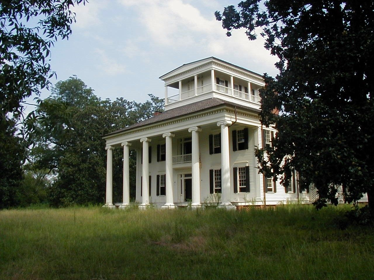 Rosemount plantation 1832 greek revival mansion in for Antebellum homes