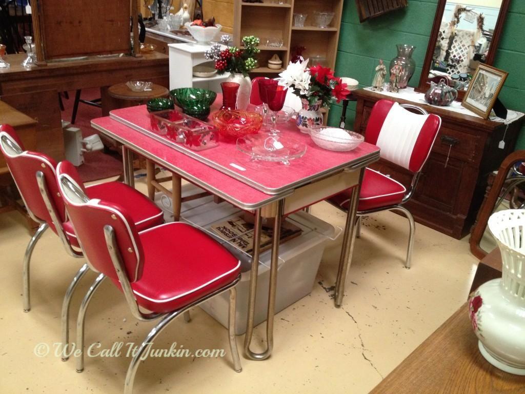 Retro Kitchen Tables Retro Kitchen Red Kitchen Tables