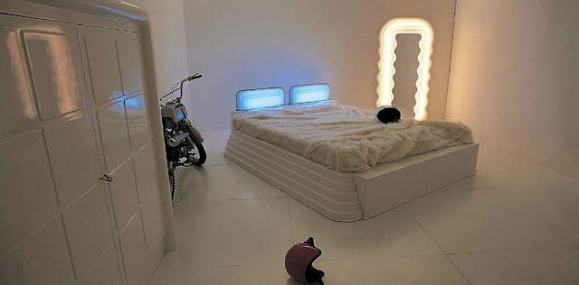 Living, zona notte, accessori e complementi. Ettore Sottsass I Mobili Grigi Poltronova 1970 Retro Home Decor Furniture Retro Interior