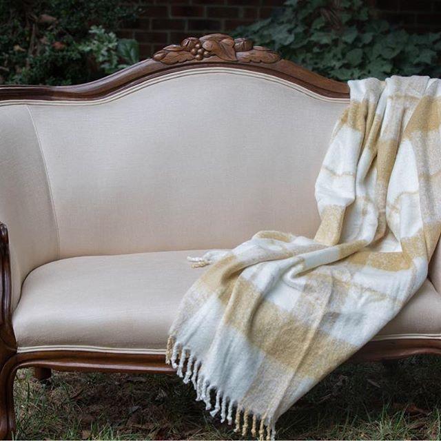 Darling Phoebe Loveseat Sweetheart Seat Vintage Furniture Rental Furniture Vintage Furniture Vintage Rentals