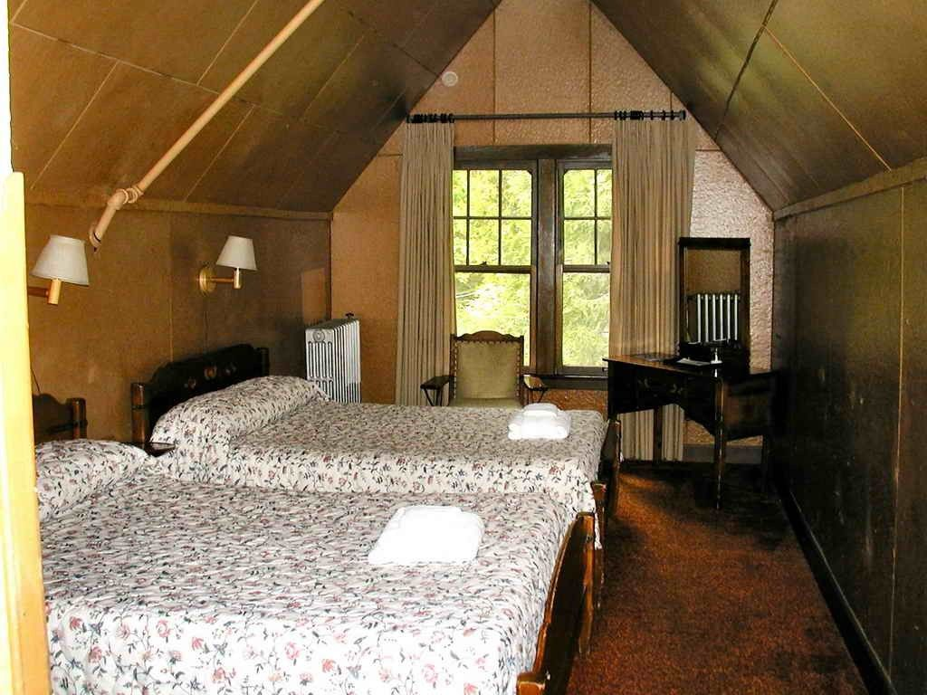 Dormer Bungalow Bedroom Ideas Visi Build 3D Bed Rooms