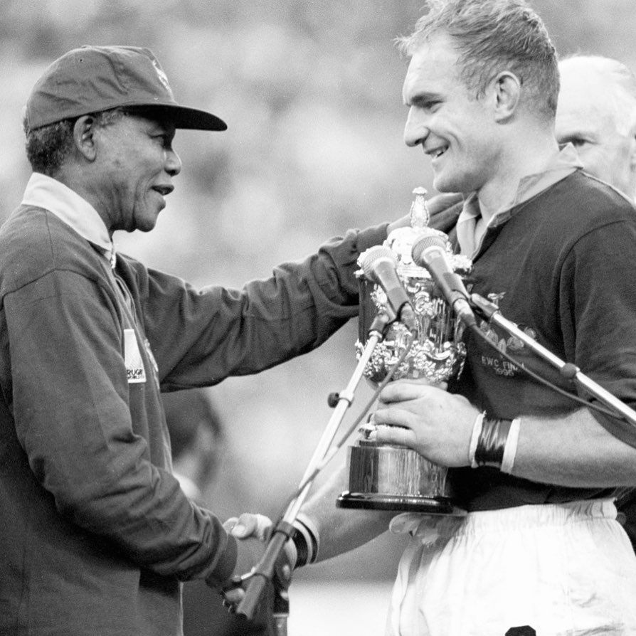 Nelson Mandela Presenting The 1995 Rugby World Cup To Francois Pienaar Captain Of The South African Rugby Team Th Fun Diys Diy Backyard Backyard Diy Projects