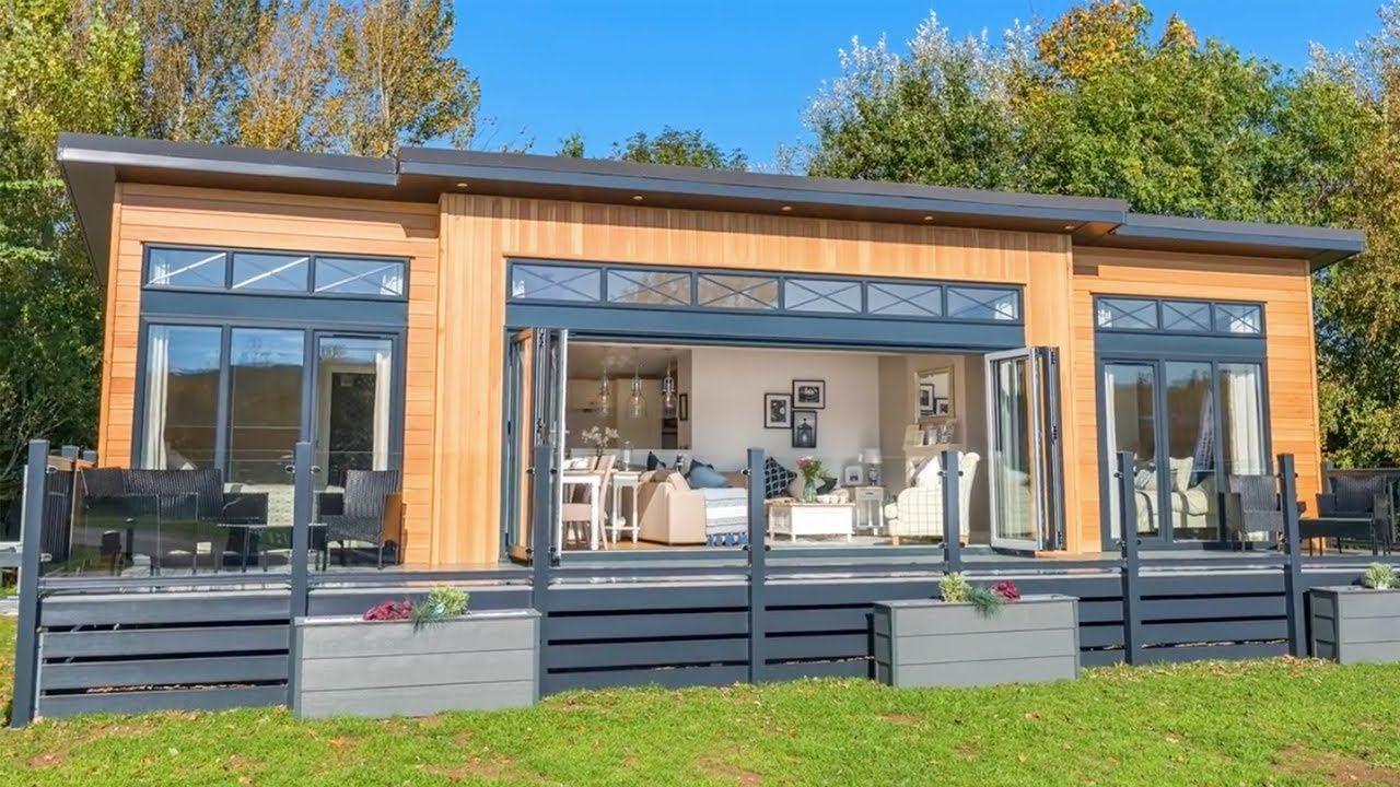 Amazing Stunning Prestige Hampton Holiday Home For Sale