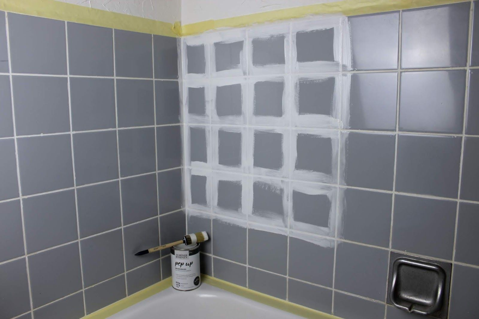 Diy Badezimmer Streichen Und Renovieren Mit Fliesenfarbe Badezimmer Streichen Renovieren Badezimmer