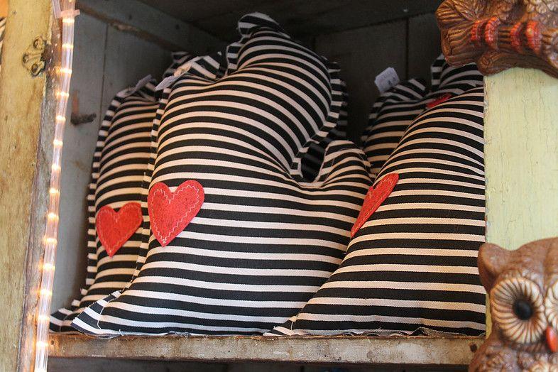 michigan pillow  sewing  Pinterest  Pillows Mittens
