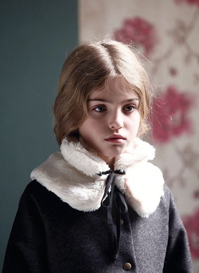 Shaggy faux fur collar for kids and adults at Little Creative Factory, fashion from Barcelona for fall 2015