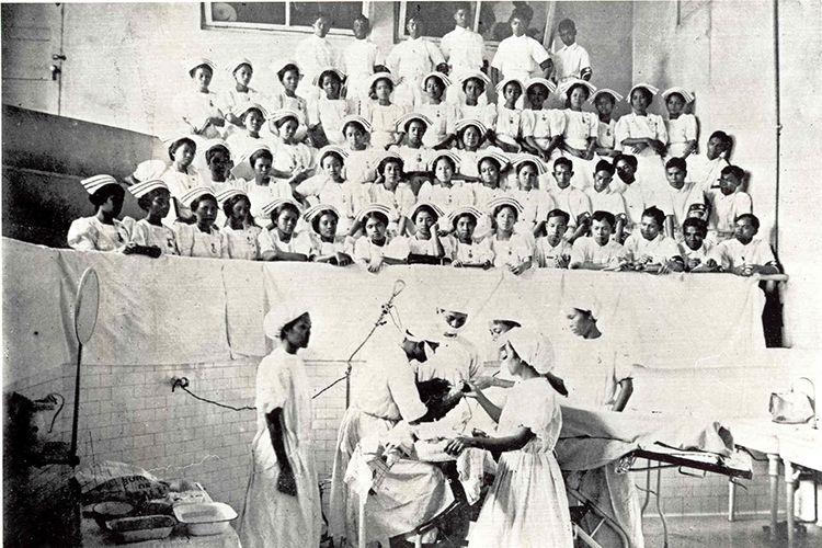Why Are There So Many Filipino Nurses In The U S In 2020 Nurse Professional Nurse Filipino