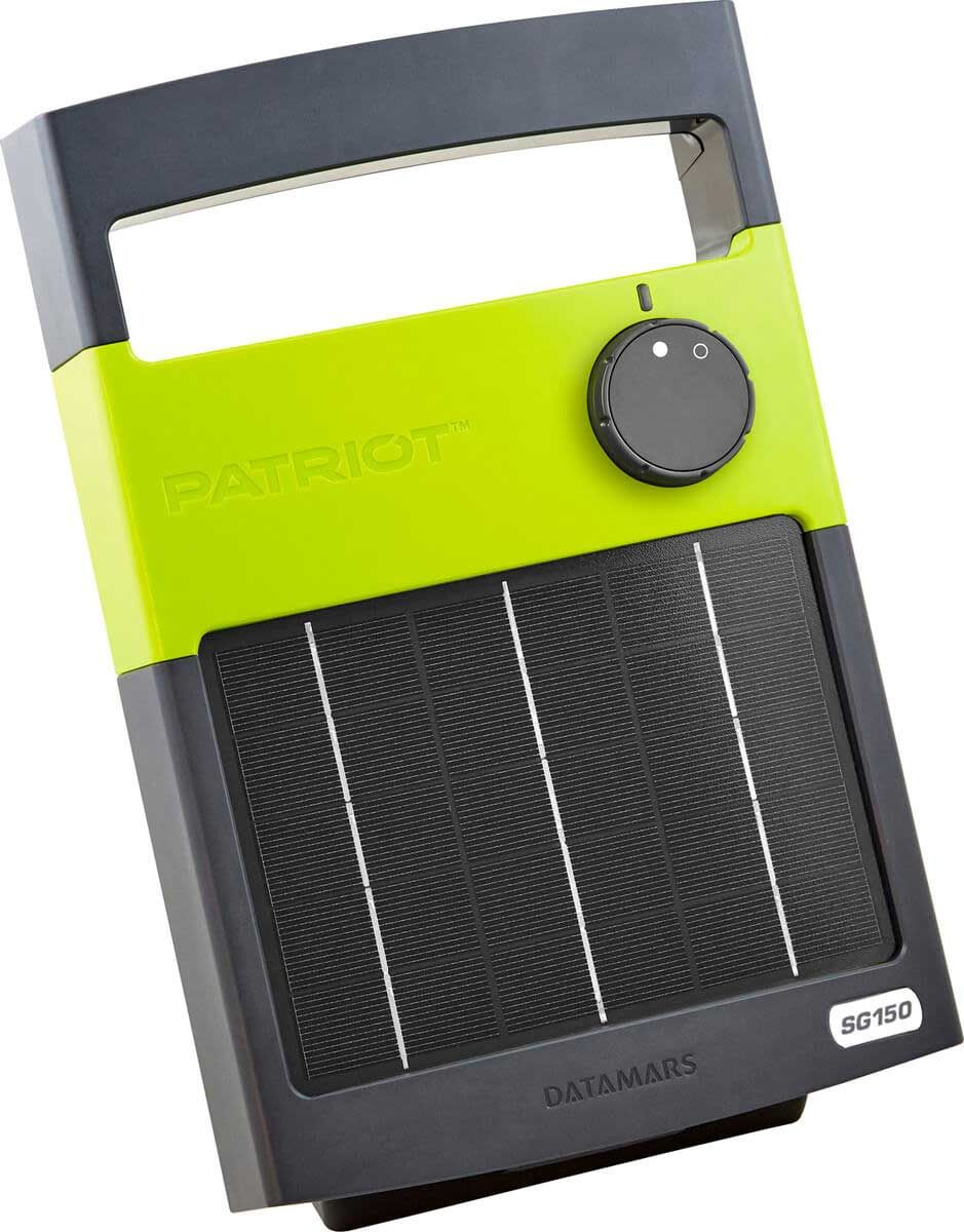 Patriot Solarguard 150 Solar Fence Energizer In 2020 Wood Post Fence Solar