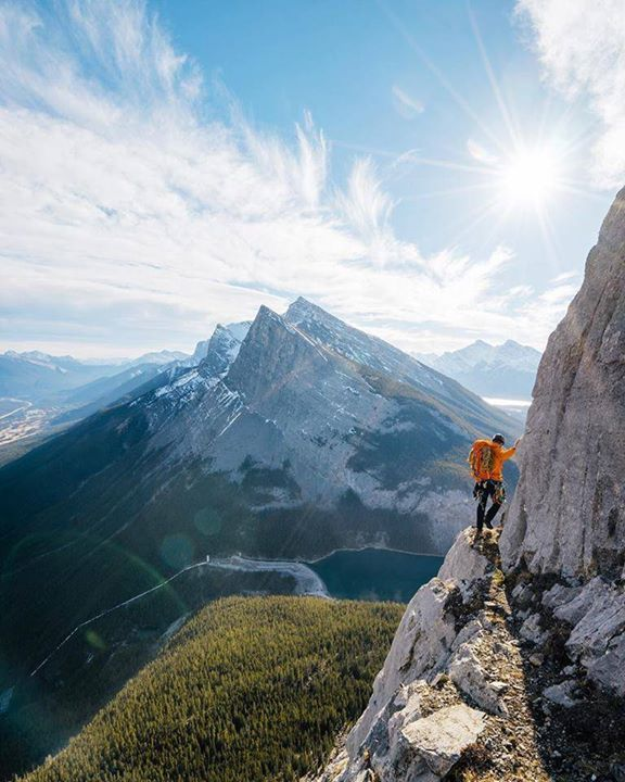 Hiking Tours Usa: Exploring Peaks Canmore Alberta Canada