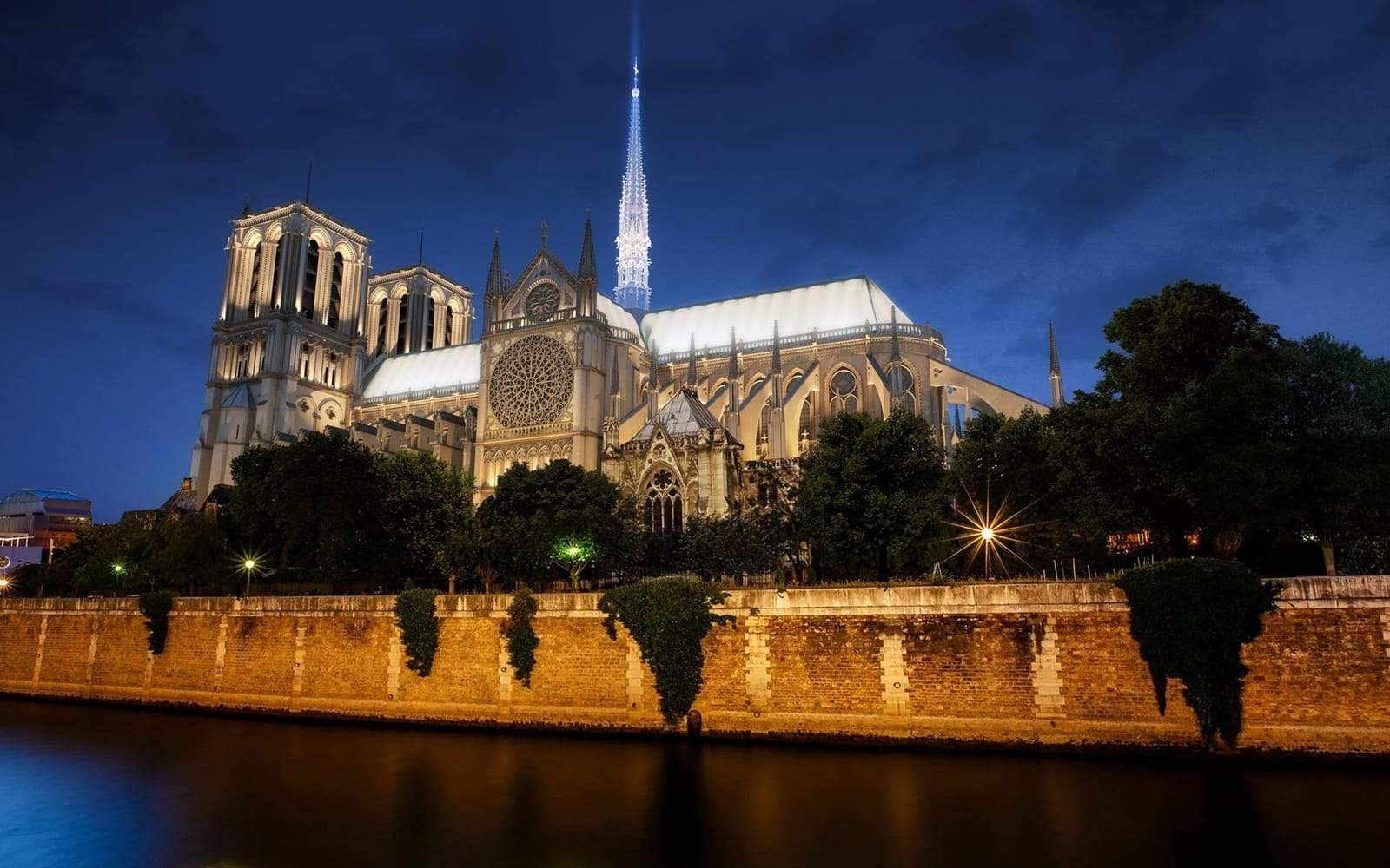 """""""Notre Dame holds a special place in my heart,"""" says"""