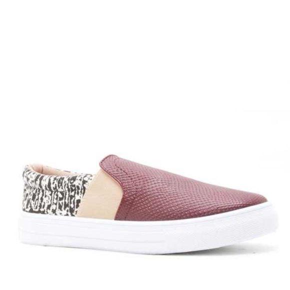SaleNew Qupid Reba Slip On Sneakers Boutique  Retail