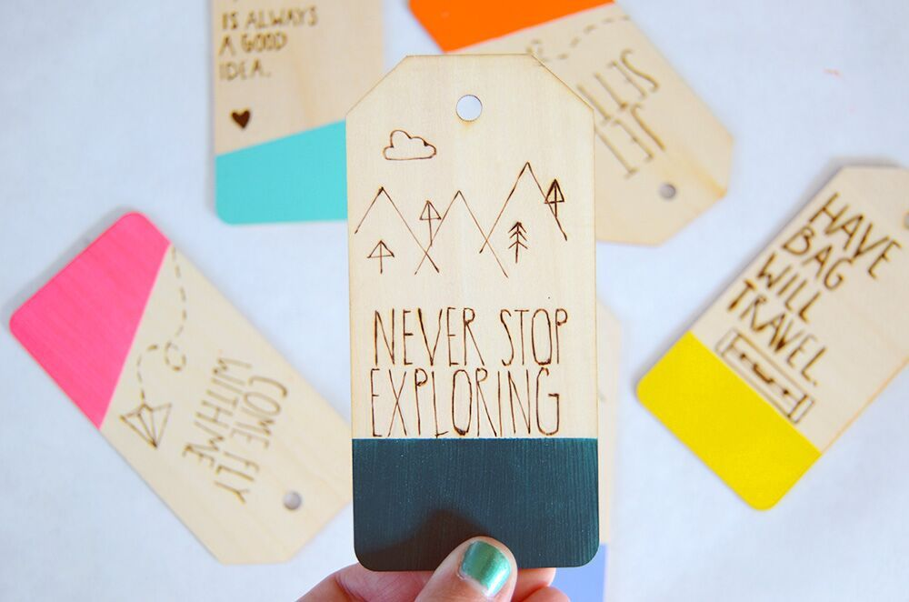 DIY COLOR DIPPED & ETCHED LUGGAGE TAG TUTORIAL | Best Friends For Frosting