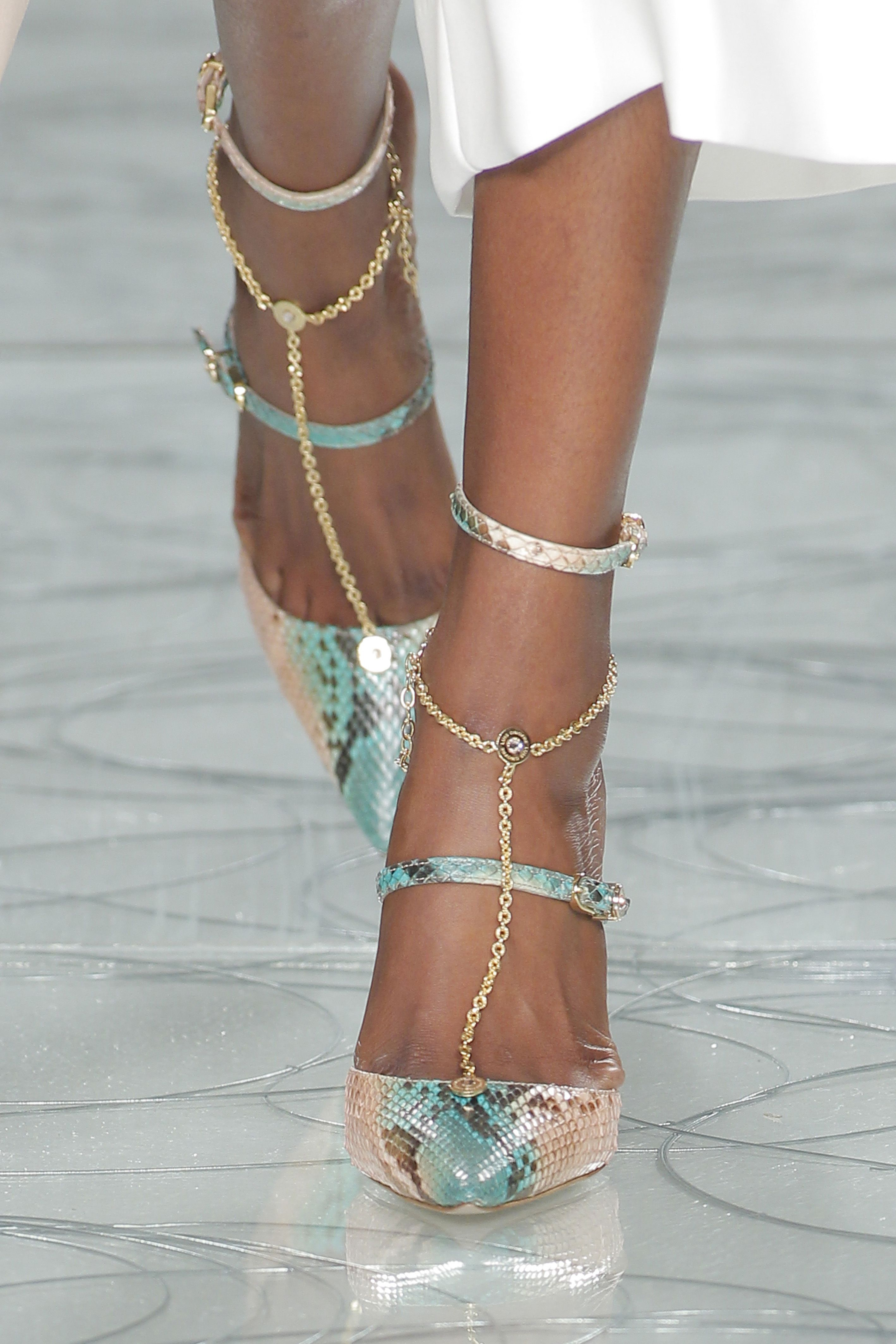 8c9e242133d52 We pick, the best of: Portugal Fashion/moda | SHOES!! | Fashion ...