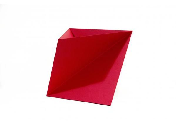 Origami trasladado a una maceta, por Alba Lozano. #compradiseñomexicano aquí: ow.ly/Rj6Xn