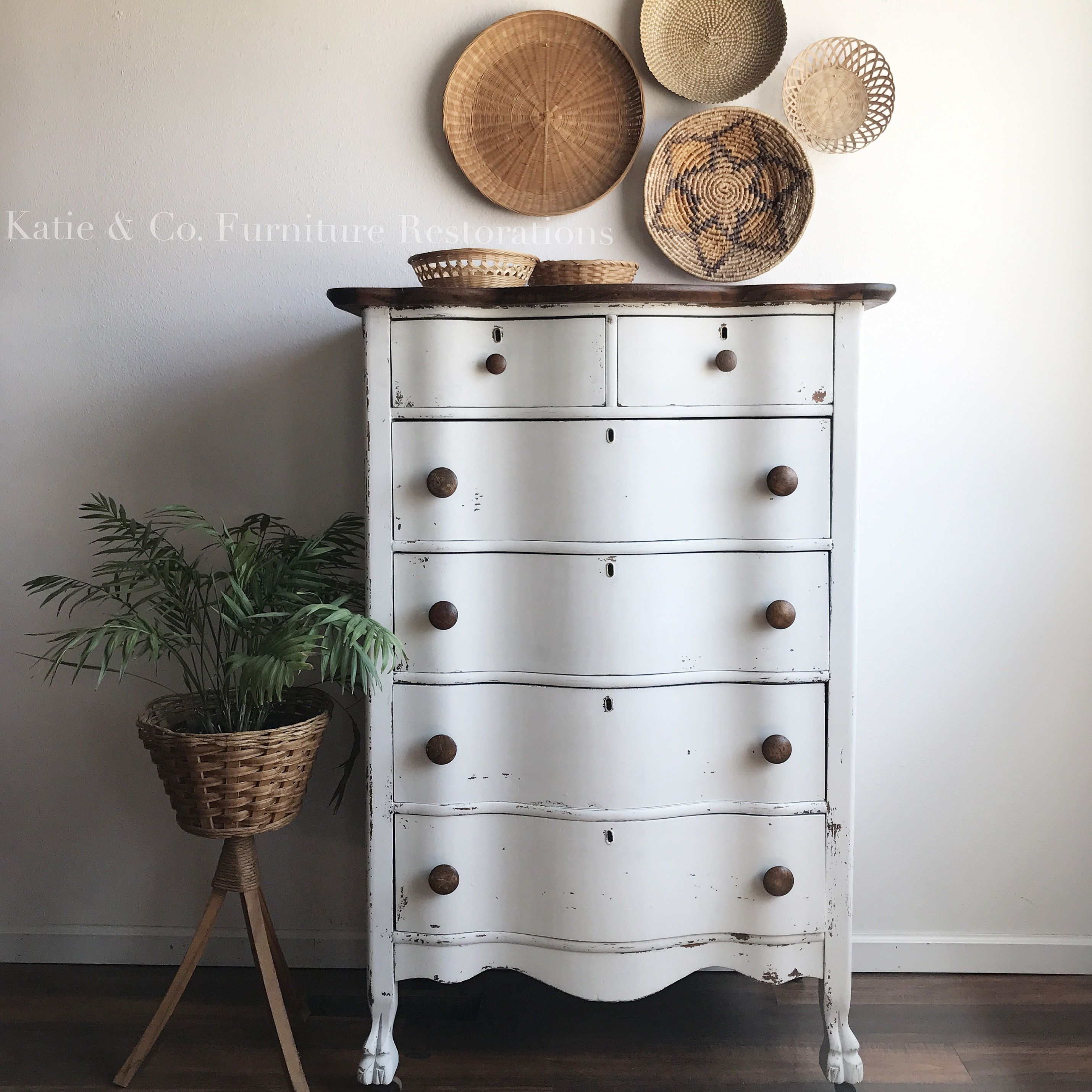 Old Fashioned Milk Paint Oyster White White Painted Dressers White Rustic Dresser White Painted Furniture