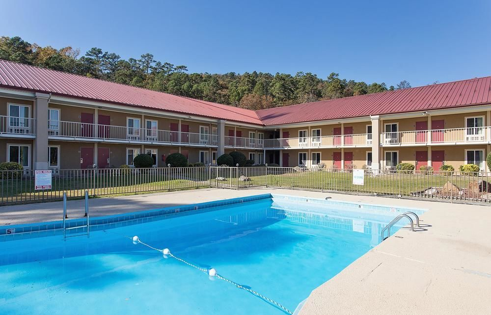 Hotel near Wake Forest University NC is minutes away from