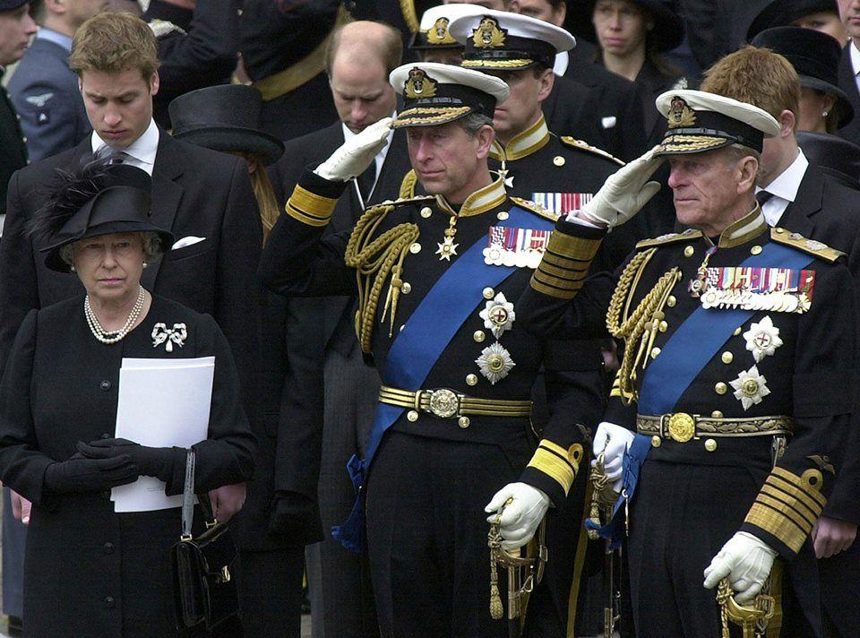 The Queen Mum's funeral Queen mother, Queen elizabeth