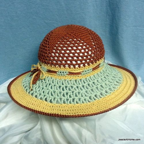 Free crochet pattern star sun hat front by jessieathome via flickr free crochet pattern star sun hat front by jessieathome dt1010fo