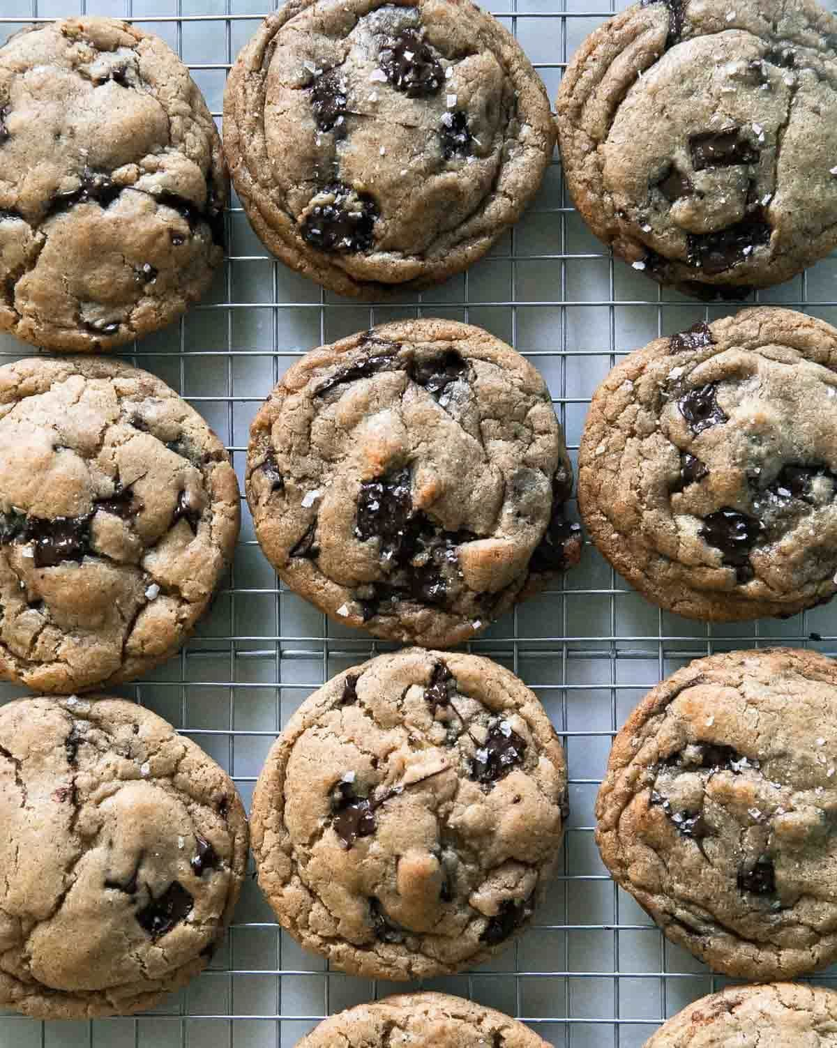 Vegan Chocolate Chip Cookies Recipe - A Cozy Kitch