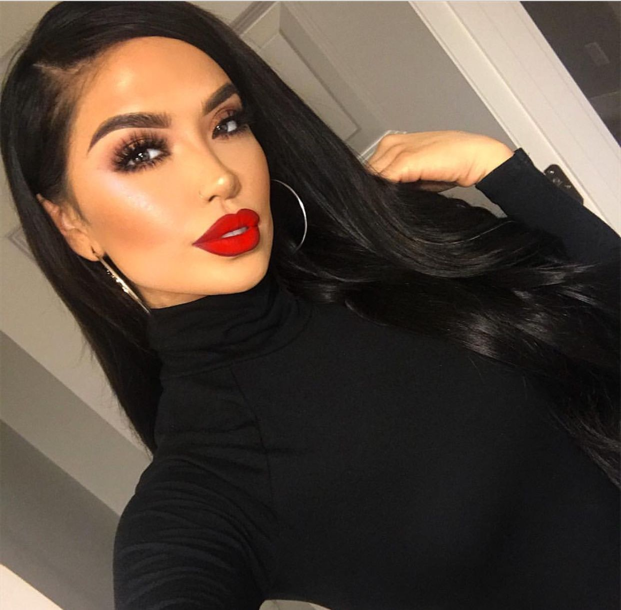 Instagramiluvsarahii Red lips makeup look, Pretty