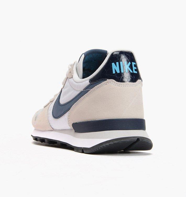 caliroots.com Internationalist Nike 631754-100 Classic Runner! 144252 edc00db0d
