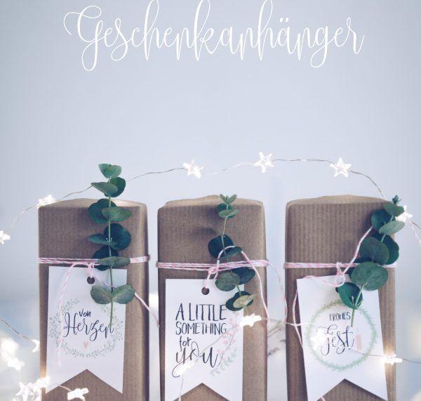 Gratis zum Ausdrucken: Geschenkanhänger zu Weihnachten {Freebie} • Titatoni #geschenkanhängerweihnachten