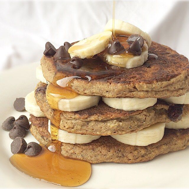 Banana Chocolate Chip Pancakes  Because Sunday's are for pancakes! (Recipe in comments)  @mindfulmorsels  #mindfulmorsels  #pancakesunday #pancakestack #wfpb #plantbased #glutenfree #glutenfreevegan #vegan #veganfoodshare #veganfoodlovers #veganfoodspot  #banana #chocolatechip #gastropost #gastropostvan #fairtrade