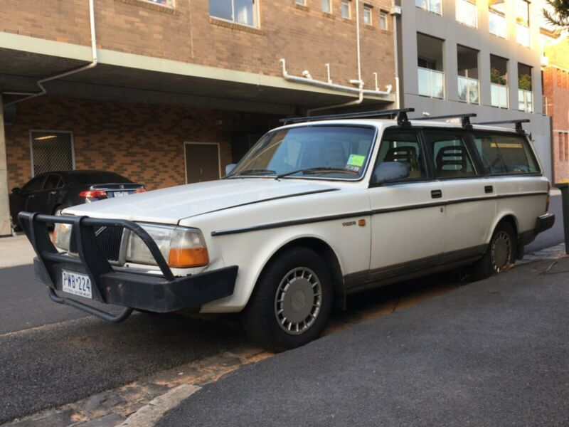1989 White Volvo 240 Station Wagon Cars Vans Utes Gumtree Australia Moreland Area Brunswick 1239737005 In 2020 Volvo 240 Station Wagon Volvo
