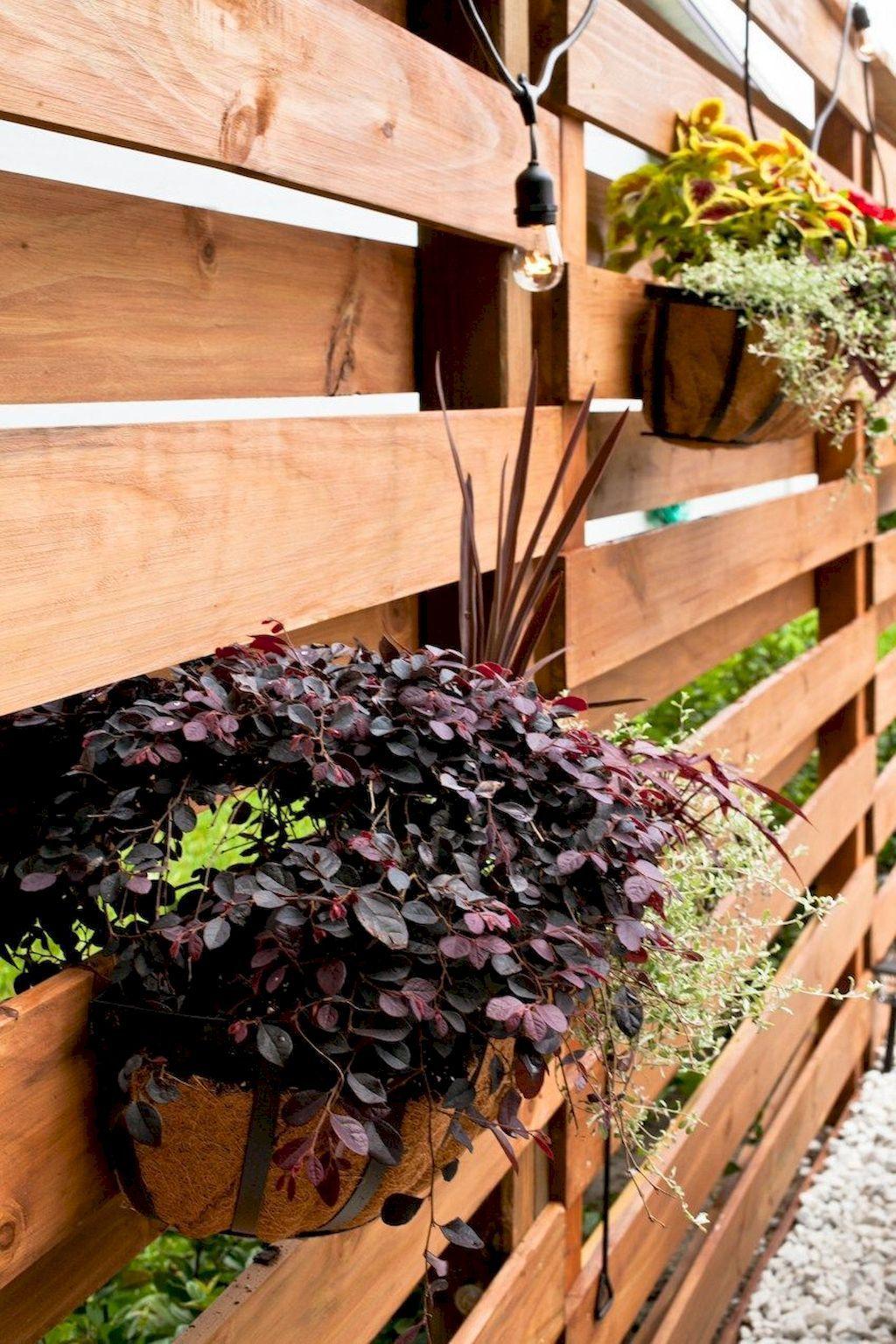 diy wood slat garden wall