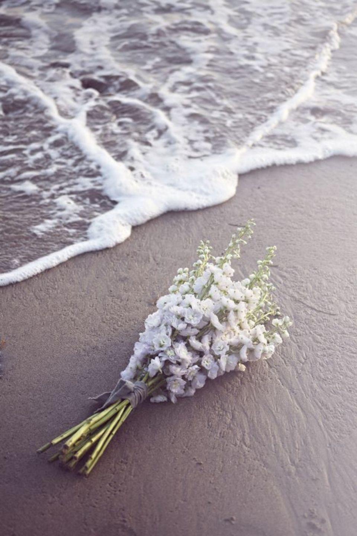 Beach Weddings / Single Bloom Bouquets