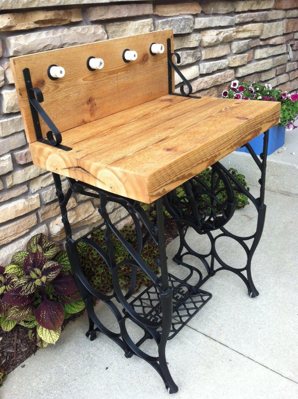 Mesa maquiagem ou jardim p de m quina costura - Mesas para costura ...