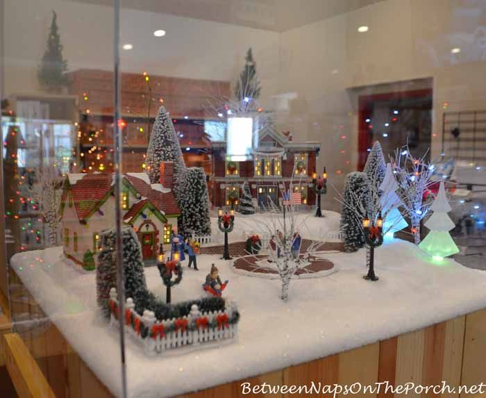 a christmas story movie house gift shop in cleveland ohio
